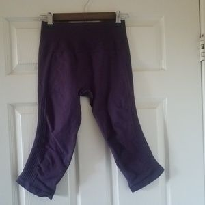 Lululemon Purple In the Flow Capri pants leggins